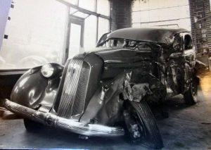 a 1935 Pontiac sedan before Murphy Bros.